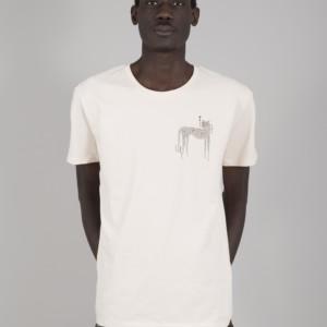 camiseta-capitan-hueso-guepardo-modelo