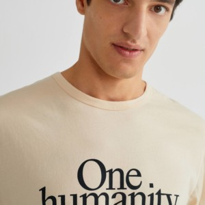 one-humanity-t-shirt-men