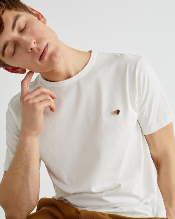 brown-hearts-t-shirt