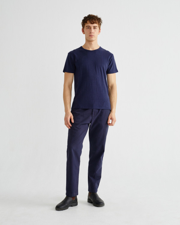 basic-navy-t-shirt