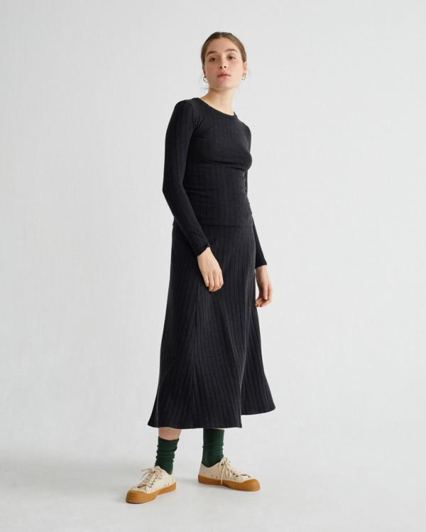 black-trash-satis-skirt